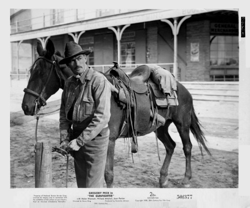 the-gunfighter-still_3